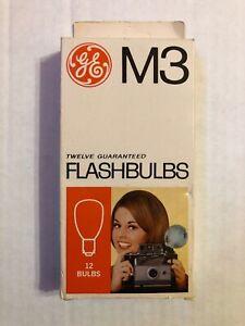 Vintage GE M3 Clear Flashbulbs Bulbs Pack of 11 In Box Exposure Chart
