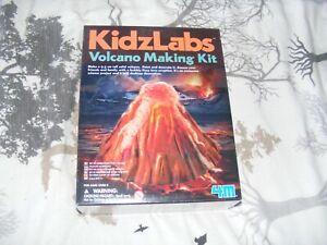 100% Vrai Entièrement Neuf Dans Sa Boîte Kidz Labs Volcan Making Kit-afficher Le Titre D'origine Pour Assurer Des AnnéEs De Service Sans ProblèMe