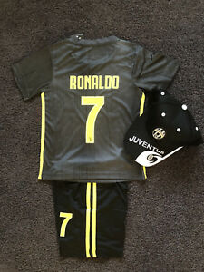 separation shoes e9639 7a331 Details about 2018-2019 kids soccer jersey boy sportswear Juventus away kit  set #7 Ronaldo