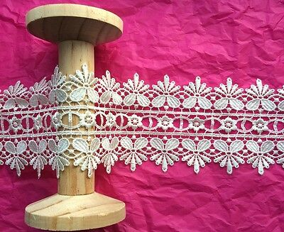 90mm Cream Double Edge Flower Guipure Lace Ribbon - Metre