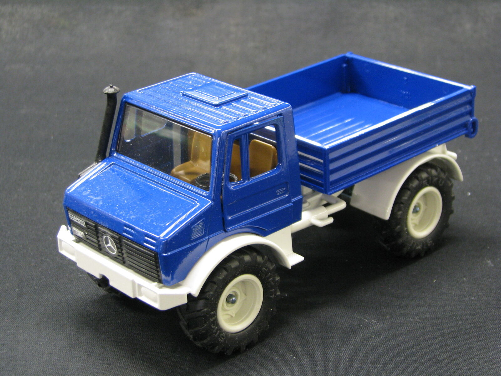 Siku Mercedes-Benz Mercedes-Benz Mercedes-Benz Unimog 1500 1 32 bluee (JS) efaf2f