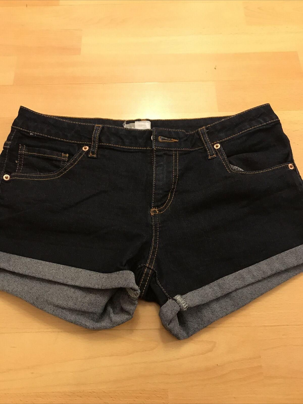 Dunkelblaue kurze Jeans Damen /SCHICK!
