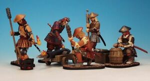 East of India SCA43H - Incendiary Artillery  5 crew, rocket box, toy soldiers