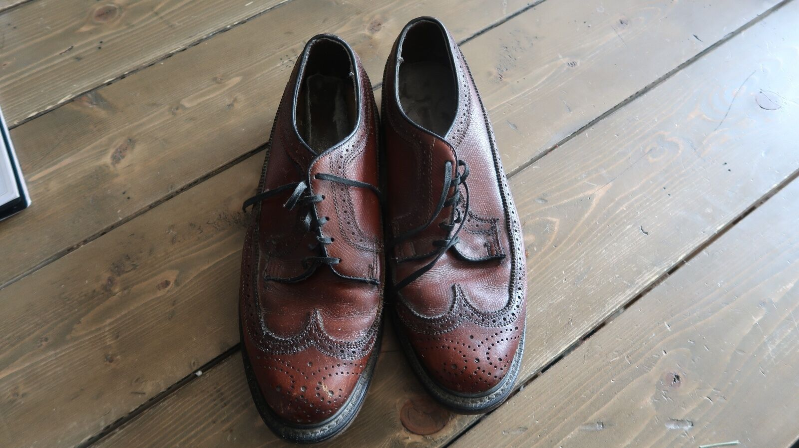 Vintage O'Sullivan Men's Tan Wing Tip Wingtips shoes Size 8 1 2 D
