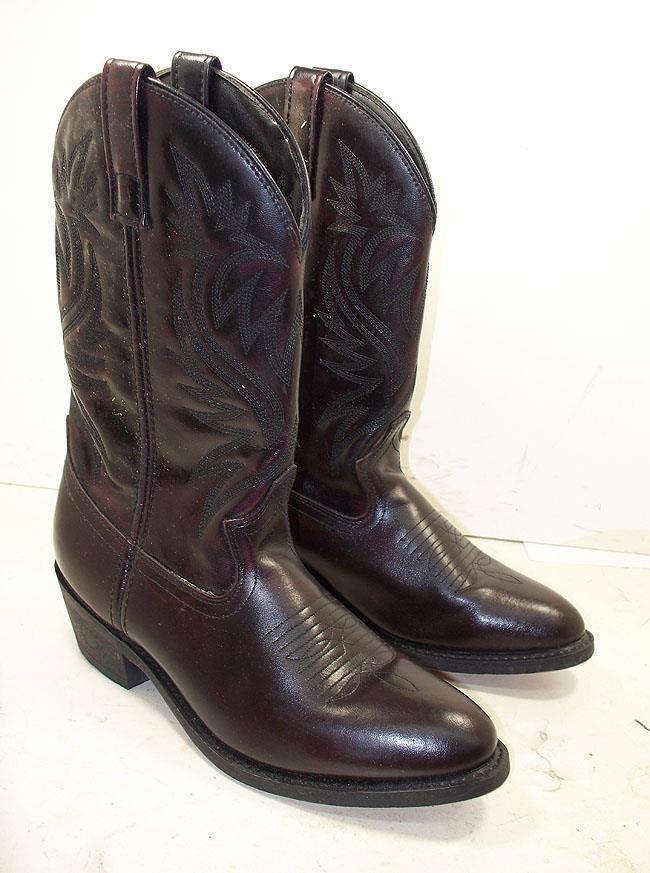309V NWOB Mens Cody James CJ4216 Black Cherry Cowboy Boots 8 EE