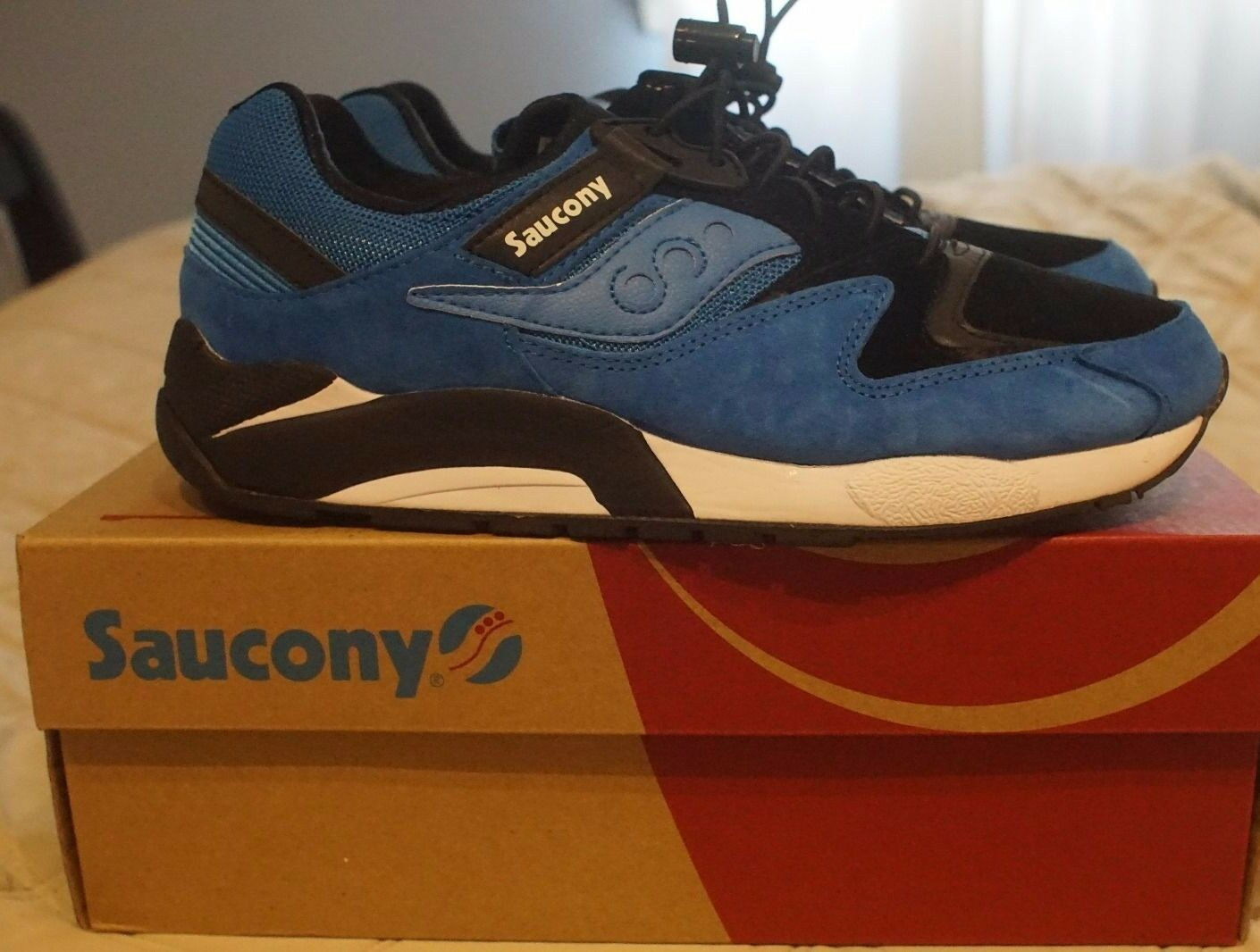 BRAND NEW DS SAUCONY ORIGINALS GRID 9000 BUNGEE ROYAL BLACK Shadow S70196-1