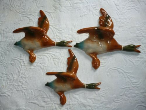 CERAMIC FLYING WALL HANGING DUCKS , RETRO HOUSE MUST HAVE