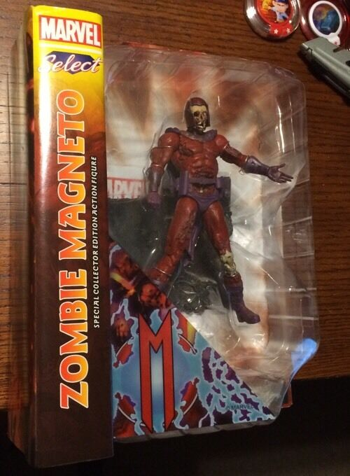 Marvel Diamond Select  New Zombie Magneto Action Figure Collector Edition