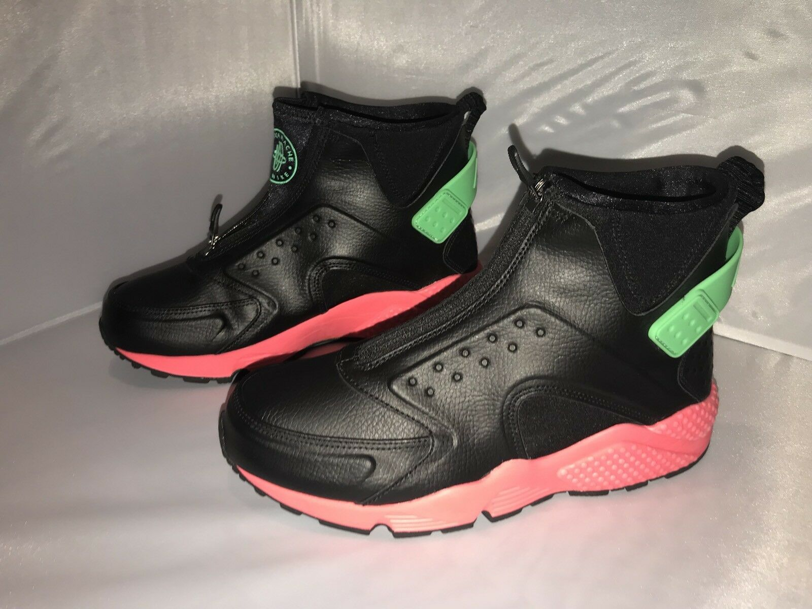 Nike Air Huarache Run Mid women's size 9 Comfortable and good-looking