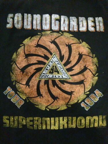 Soundgarden Concert T-shirt (Ultra-slim/ Medium) 1