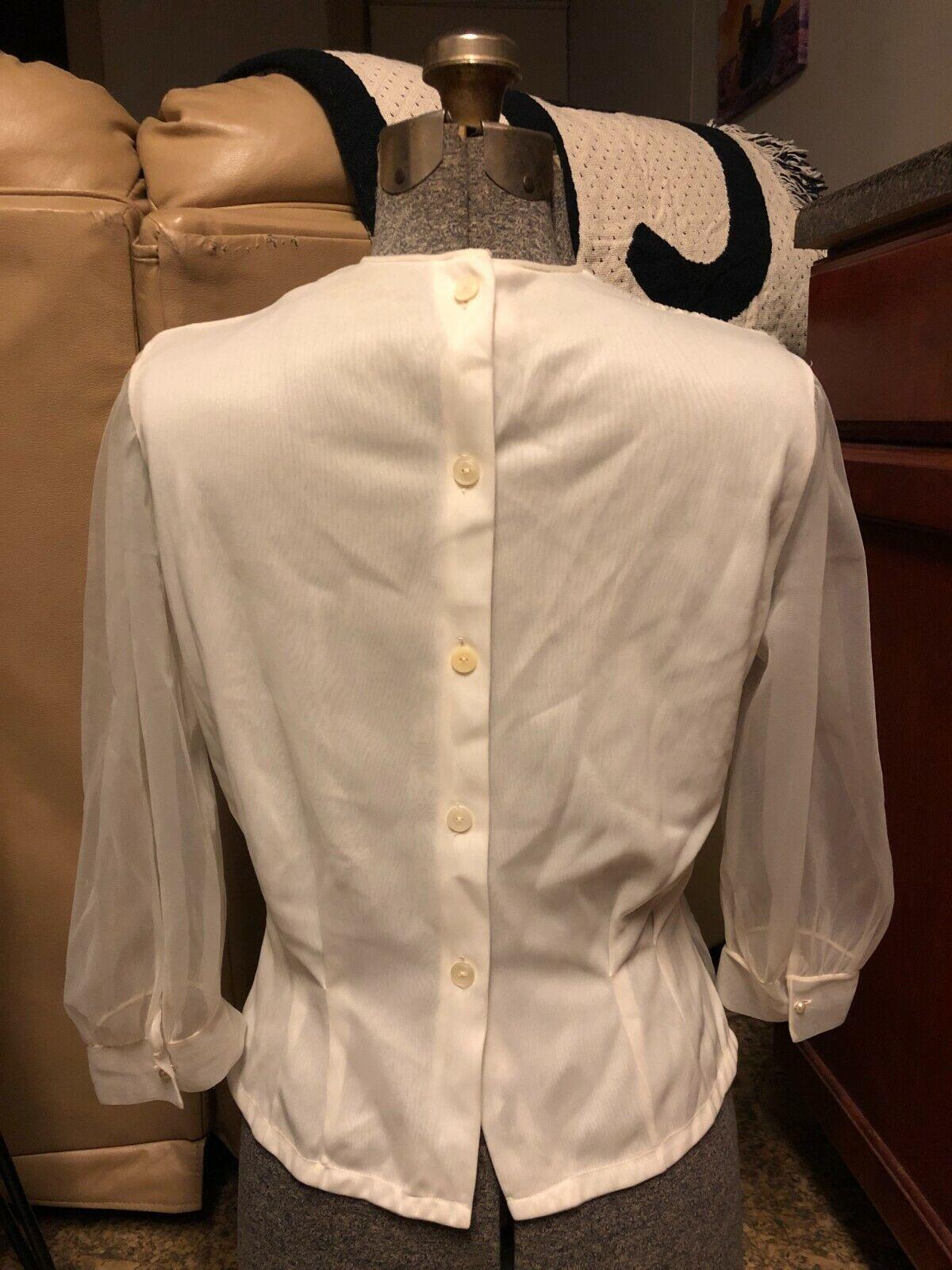VINTAGE: 60s Sheer Nylon Pleated Pintuck Pearl Pu… - image 5