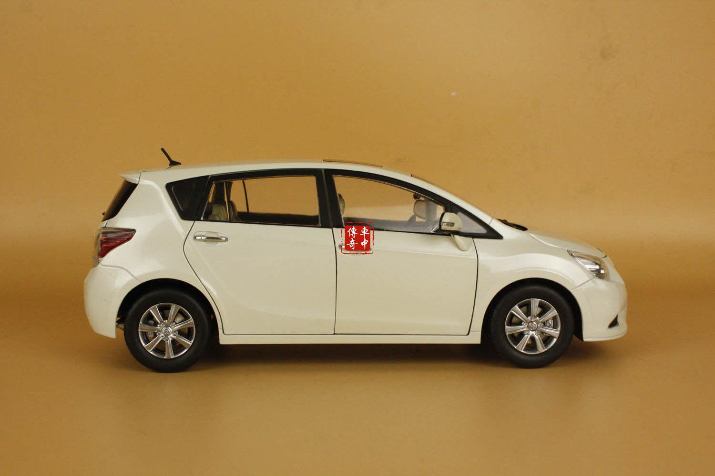 1 18 18 18 Toyota EZ MPV FUV VERSO white color diecast model car c9ecad
