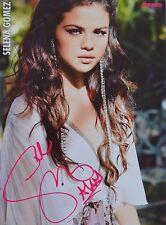 SELENA GOMEZ - Autogrammkarte - Signed Autograph Autogramm Clippings Sammlung