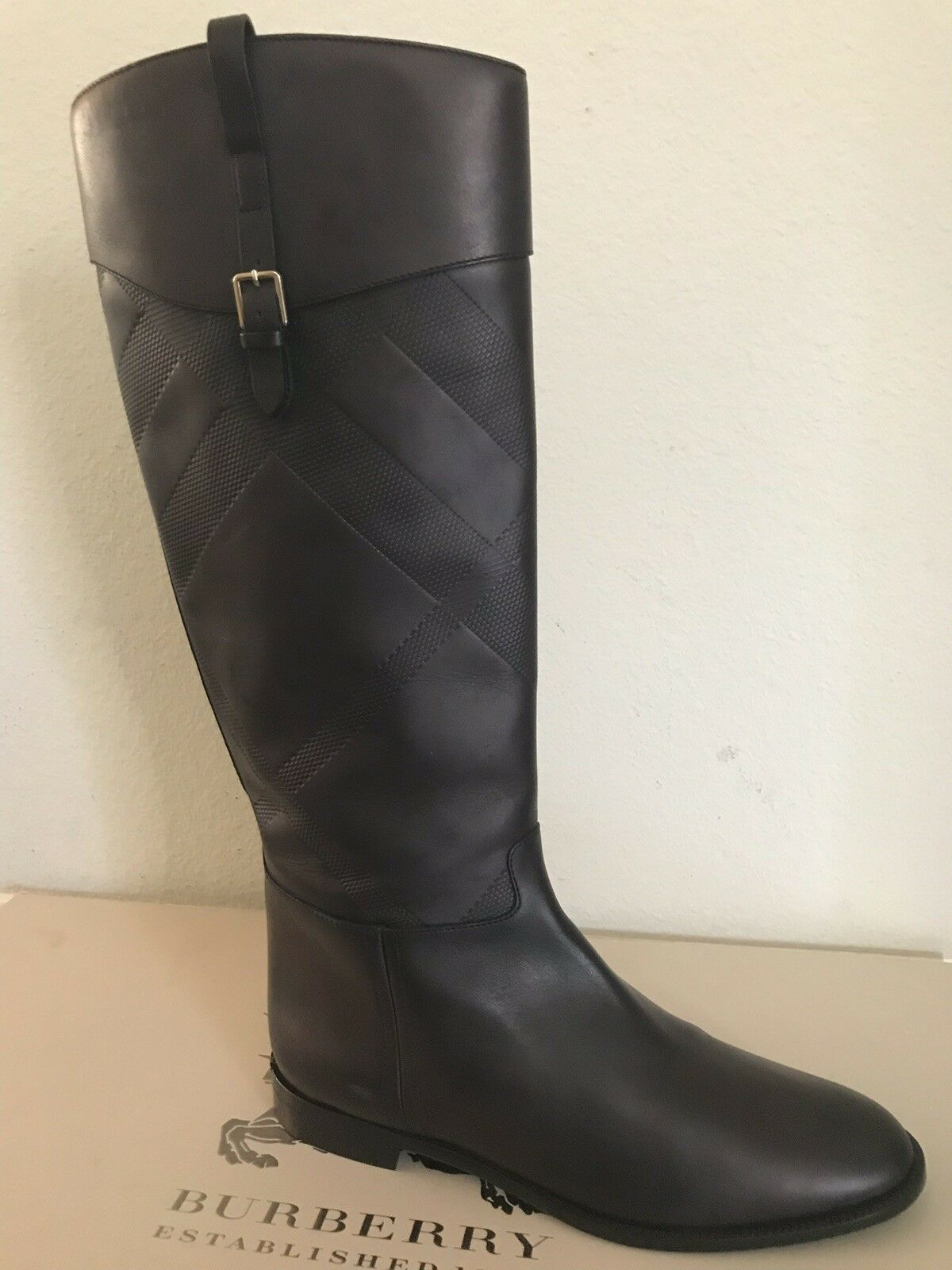 Brand New    1095 Burberry Copse Leather Riding Boots Size 39 Black Brown ff6c9c
