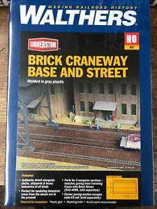 Brick-Craneway-Base-amp-Steet-HO-Building-Kit-Walthers-Cornerstone-933-4097
