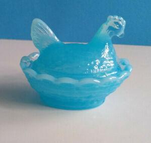 Boyd-Baby-Blue-Glass-Chicken-Hen-on-Nest-Salt-Dish-Released-Oct-8-1987