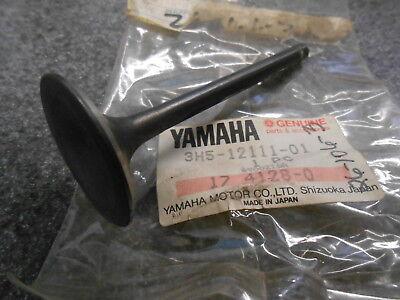 NOS Yamaha OEM Cylinder Gasket 1982 XJ1100 1978-1981 XS1100 2H7-11351-01