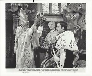 Peter-Sellers-Pink-Panther-Amazing-Rare-Signed-8x10-Autographed-photo-w-coa