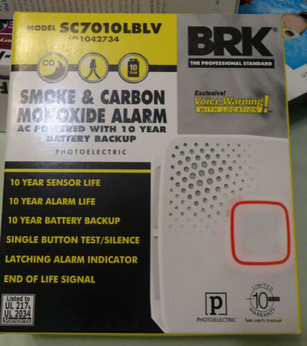 First Alert AC Hardwired Combination Smoke Carbon Monoxide Detector SC7010LBLV