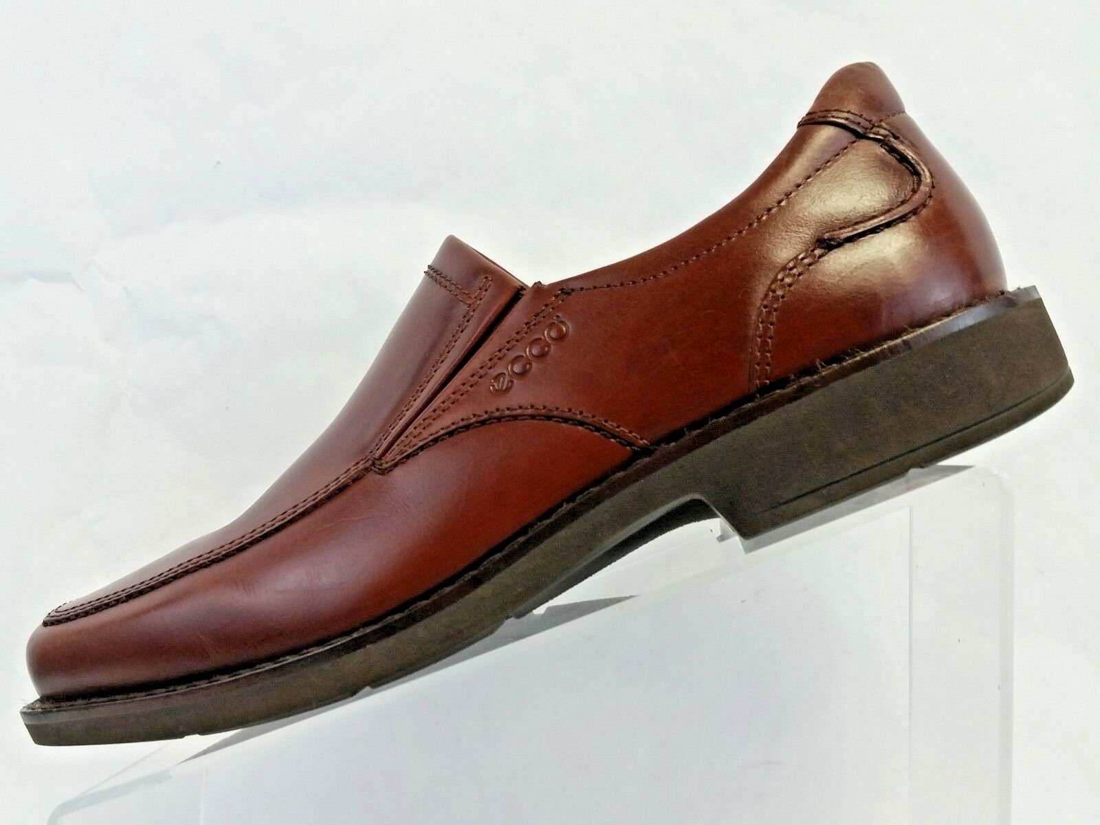 Ecco Men Dress shoes Brown Leather Apron Toe Slip On Loafer US size 8.5 Ex Wide