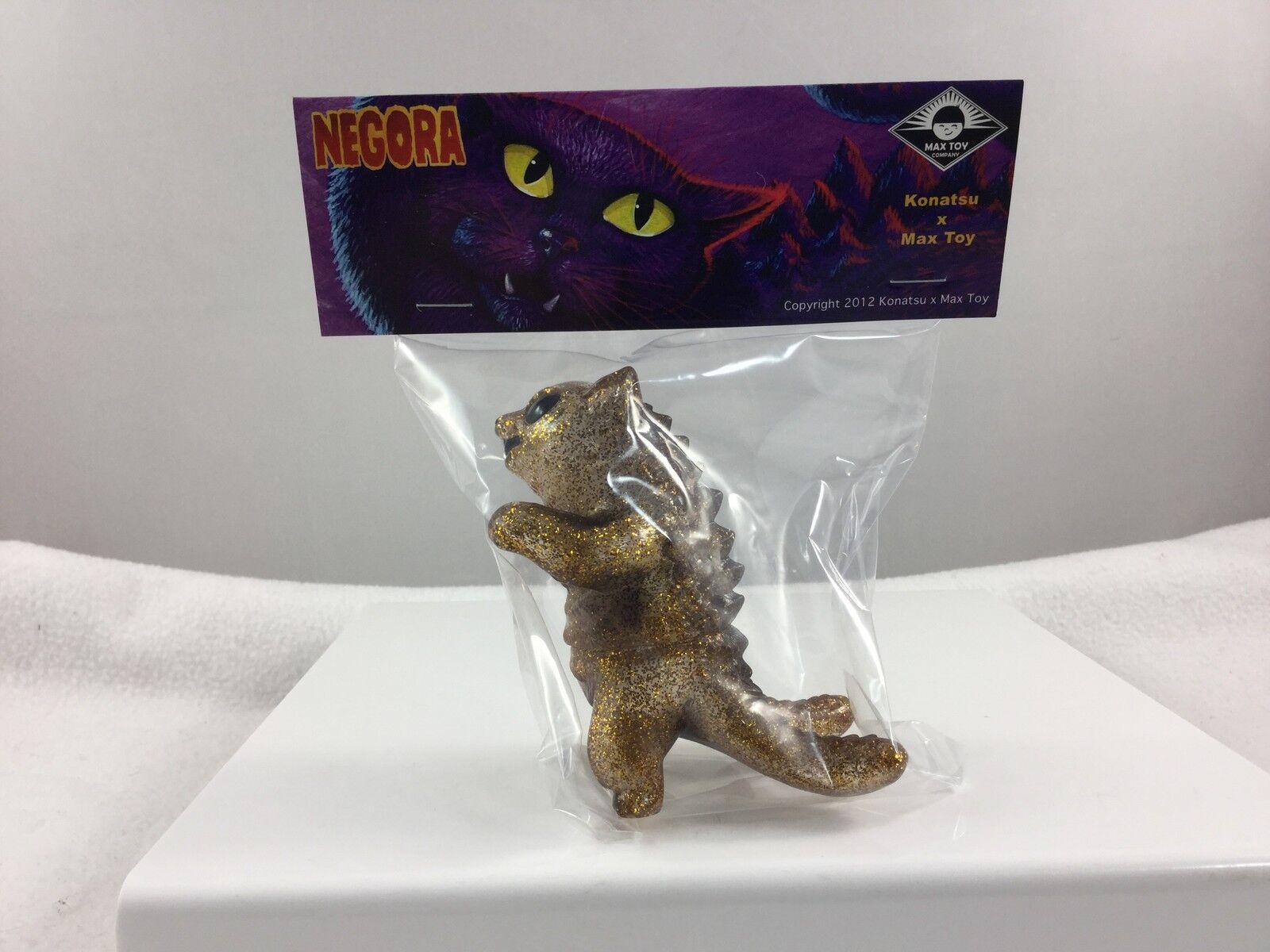 Max Toy Co vinyl Clear GOLD Glitter Kaiju Negora CAT Mark Nagata 3.75