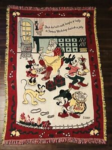 VTG-Disney-Mickey-Minnie-Goofy-Pluto-Santa-s-Workshop-Christmas-Tapestry-Afghan