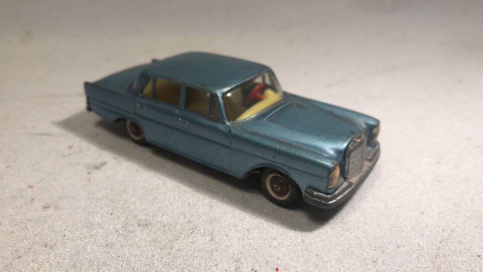 Modelbil, Tekno Mercedes 220 SE Nr 726