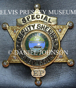 ELVIS-PRESLEY-OWNED-FAMOUS-SHELBY-COUNTY-DEPUTY-SHERIFF-039-S-BADGE-1973-10-Diamonds
