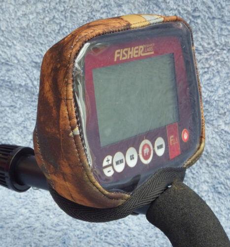 NEOPRENE AUTUMN CAMO CONTROL BOX COVER METAL DETECTOR FISHER F44//F22//F11