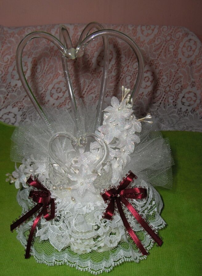 Pre-Owned Wedding Anniversary Glass Swan Cake Topper Burgundy Wine Ribbon