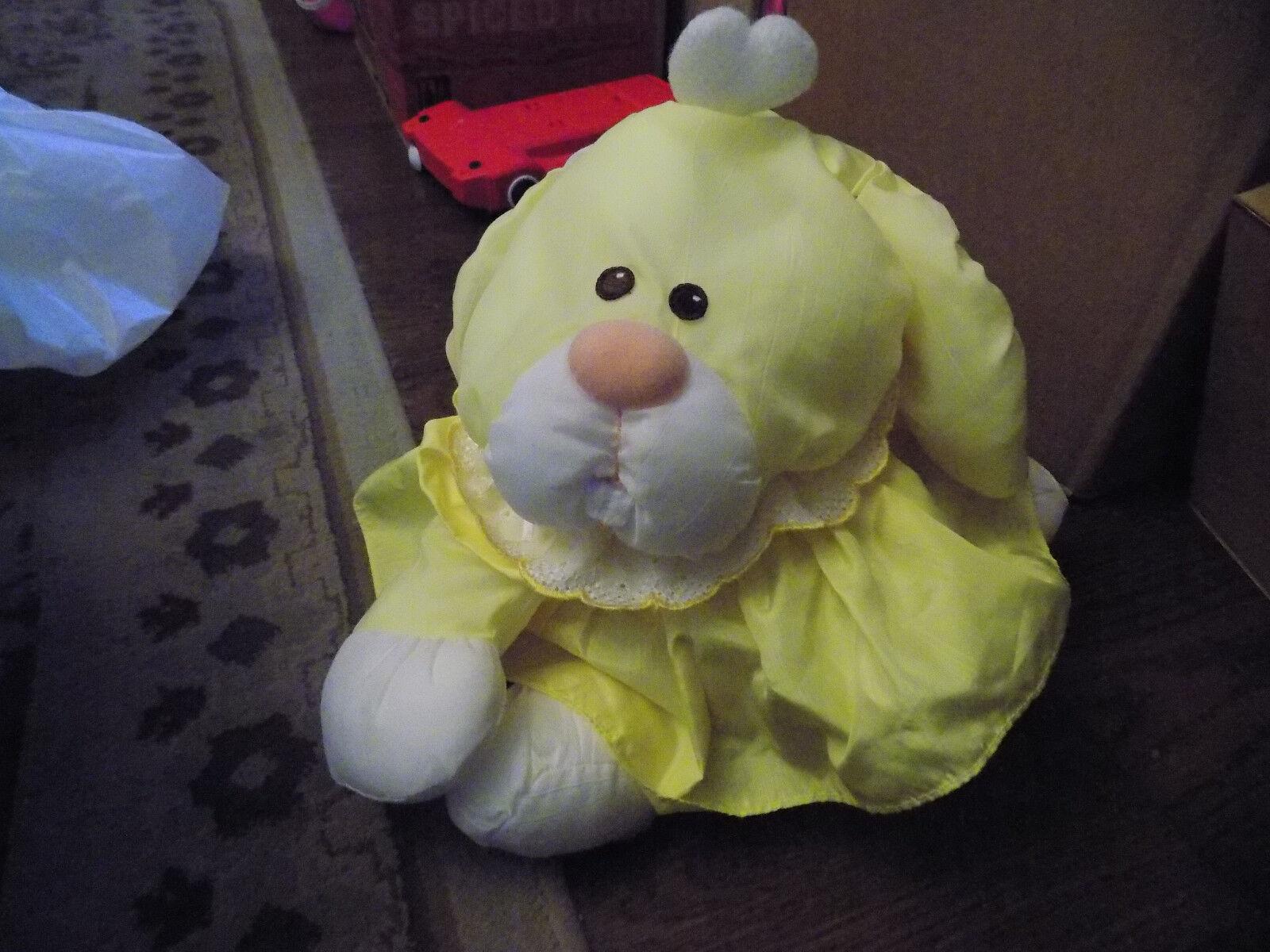 RARE Vtg 1986 Fisher Price Puffalump Bunny Plush Rabbit Gelb Plush w/ dress