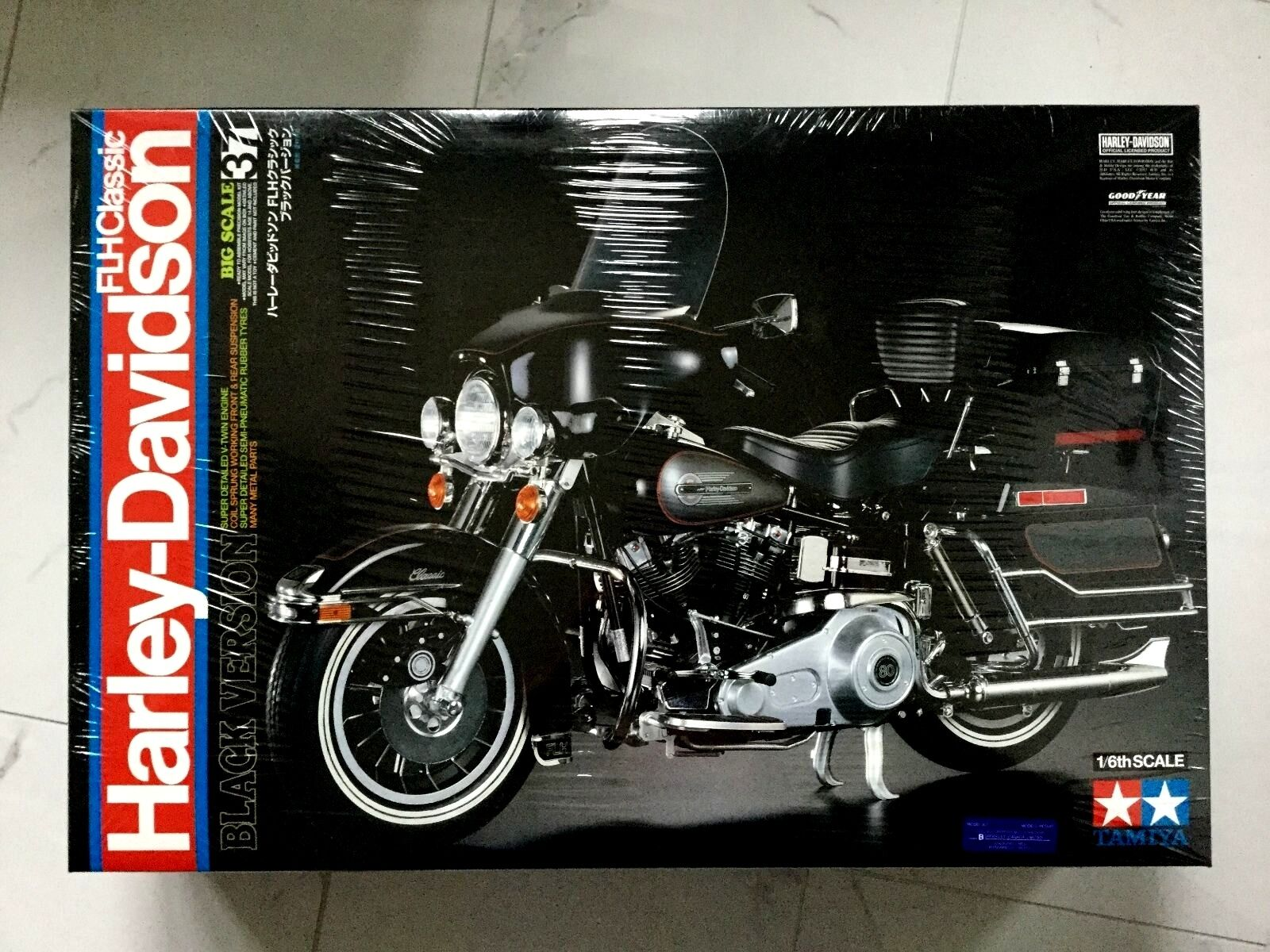 TAMIYA 1 6 HARLEY-DAVIDSON FLH CLASSIC MOTORCYCLE PLASTIC MODEL KIT F S