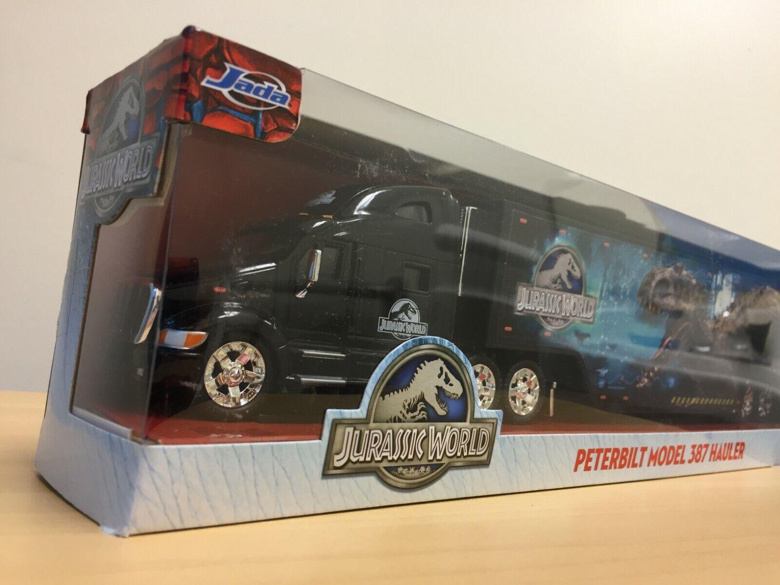 JADA Jurassic World Peterbilt Model 387 Hauler Toy Truck