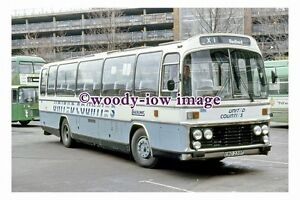 pu0701-United-Counties-Coach-Bus-no-235-at-Bedford-in-1987-photograph