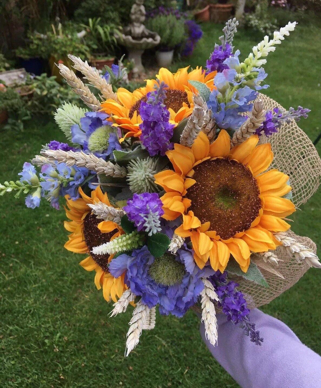 Rustique artificielle Bridal Bouquet Inc Tournesols et Lavande Mariage Fleurs