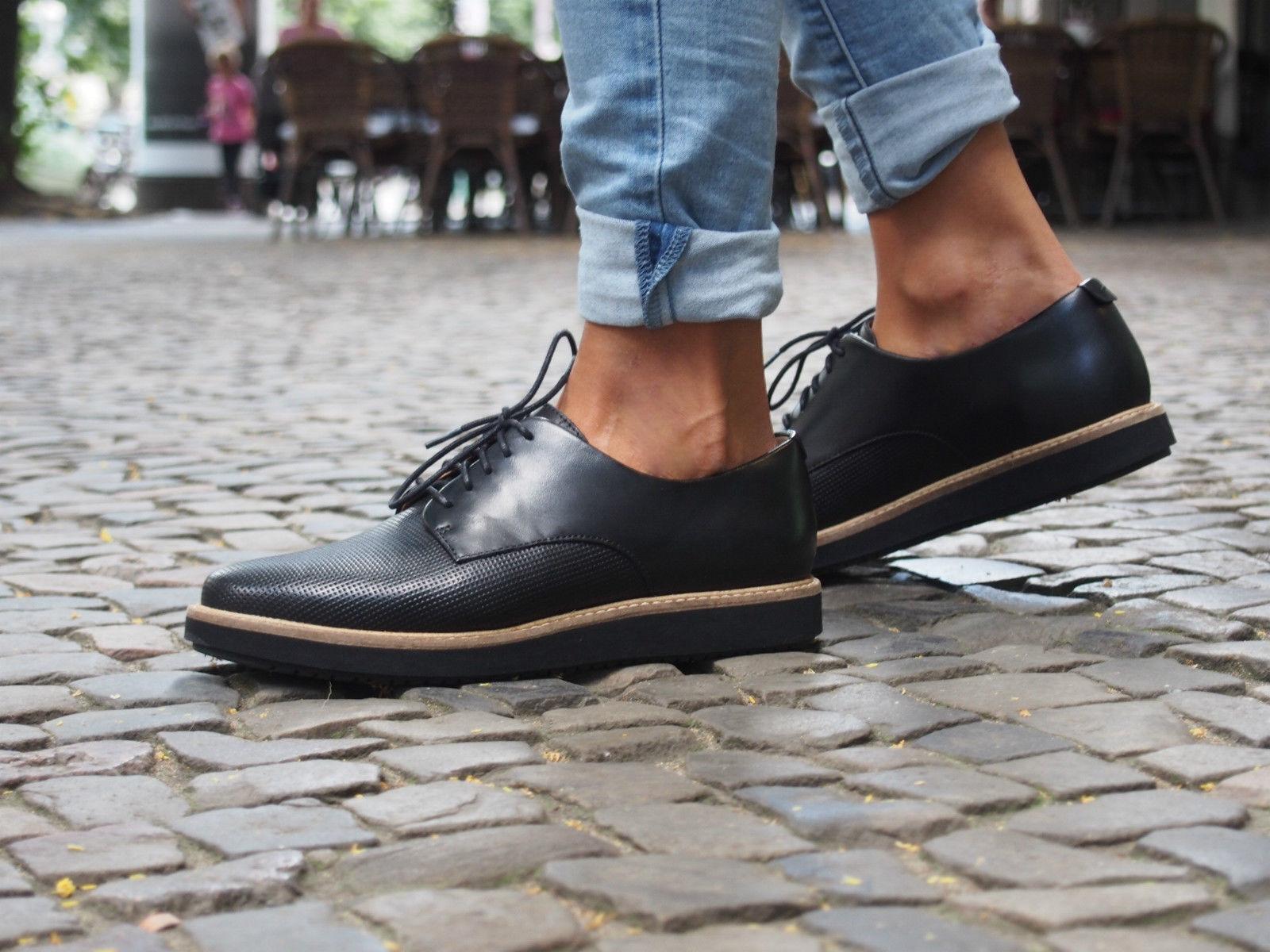 Clarks Schuhe GLICK DARBY schwarz 26111967 schwarz Echtleder Damen Halbschuhe NEU