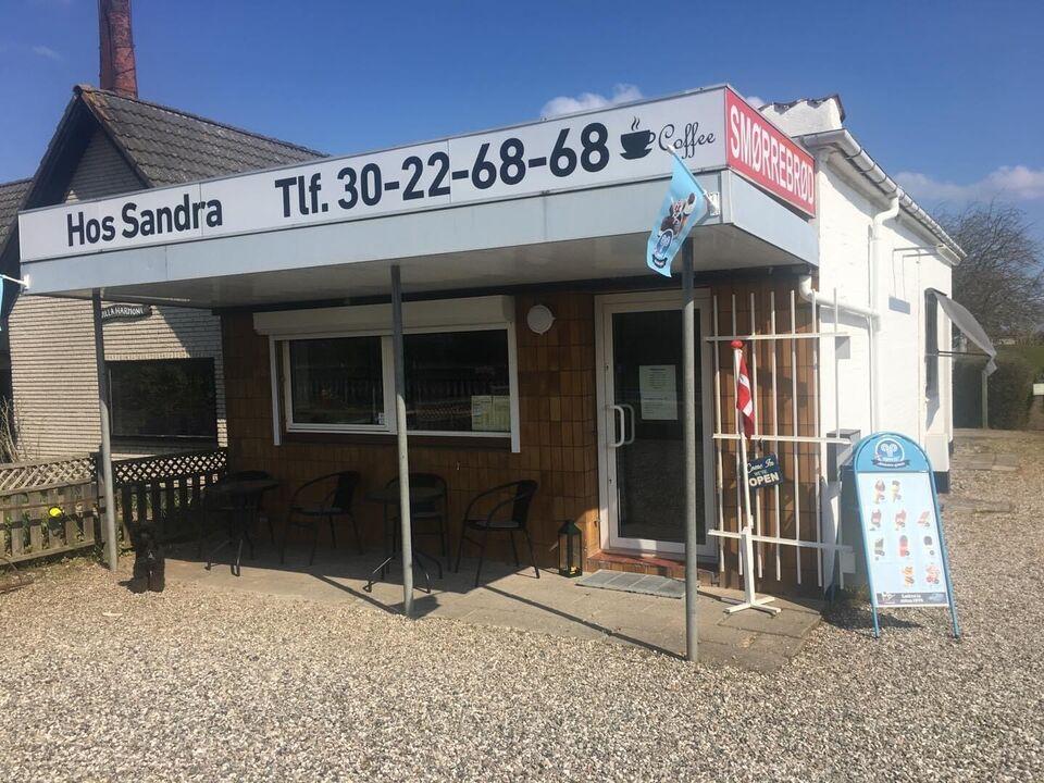 Cafe/smørrebrødsbutik i Odense N sælges