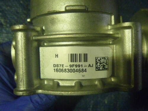 13-16 Lincoln MKZ Ford Fusion Transit Escape Connect Throttle Body OEM 2.0L 2.5L