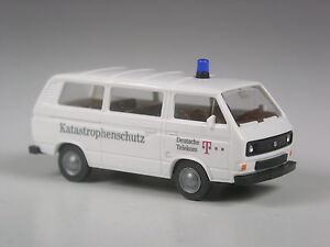 TOP-Wiking-Sondermodell-VW-T3-Katastrophenschutz-weiss-2-Version