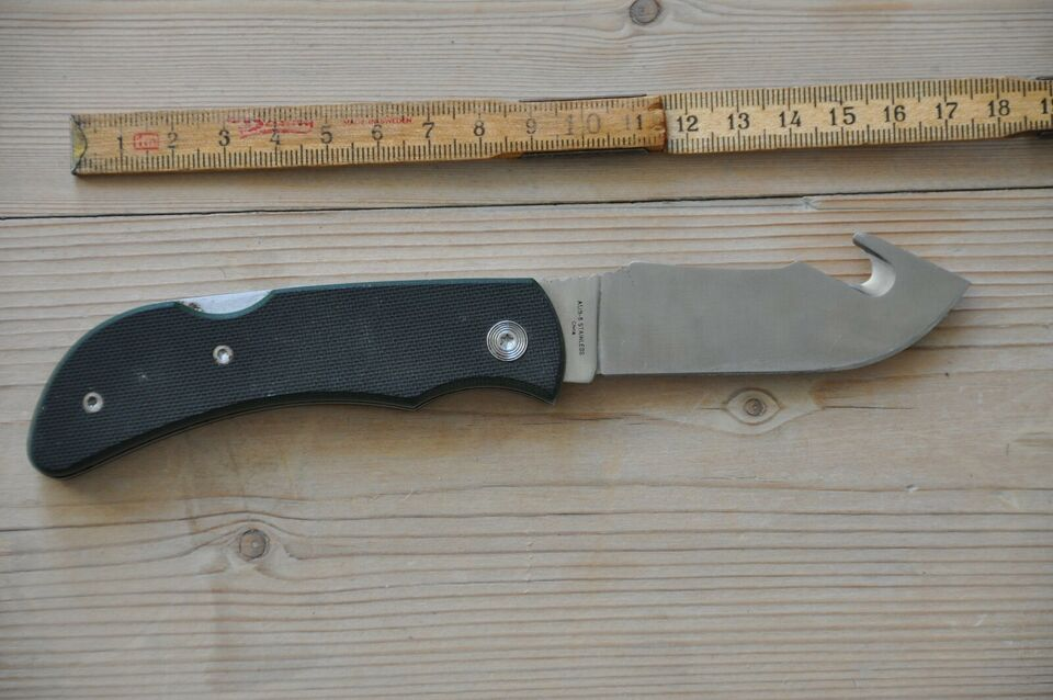 Jagtkniv, Outdoor Edge