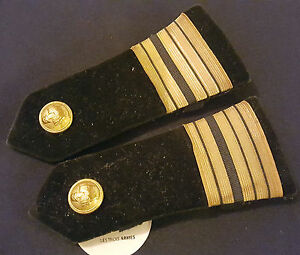 A0262-Ancienne-paire-d-039-epaulettes-de-Colonel-en-velour-noir-du-Genie