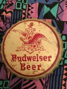 REPRODUCTION BUDWEISER WALL SIGN - CREAM AND RED - BOTTLE CAP SHAPED - EX. COND oF74gajl-09092606-857251863