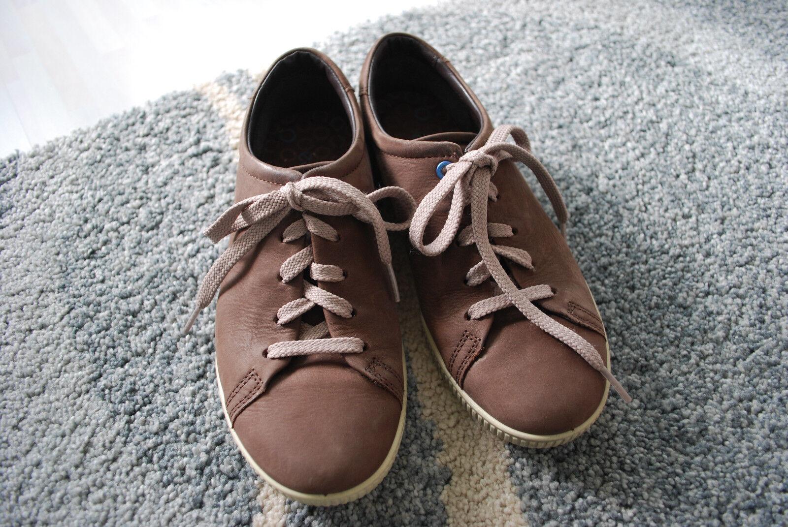 ECCO Sneaker Schuhe Damen Gr. 37 super Zustand kaum getragen Halbschuhe