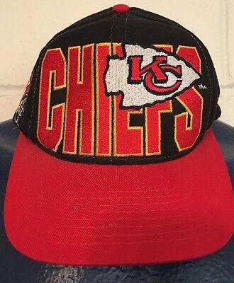 Rare VTG Kansas City Chiefs Snapback Hat Logo Athletic Red Vintage 90s 2bbd0706cf24