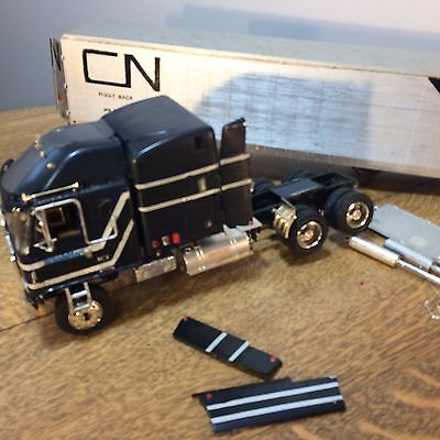 Chevrolet Semi Truck CN Rail Trailer Model Plastic Restore/Parts Junkyard  AS IS