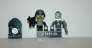 Kre-o-Kreo-Minifigures-Cityville-Invasion-Collection-1-Agent-Stealth-Roboticus