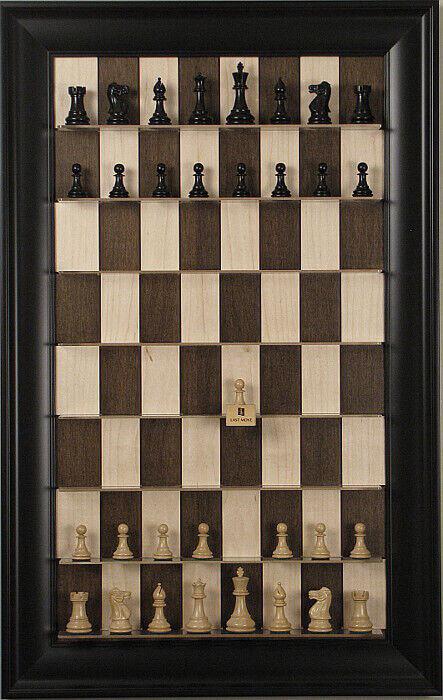 Straight Up Chess Board-Maple écrou série avec noir contemporain cadre   100% neuf avec qualité d'origine