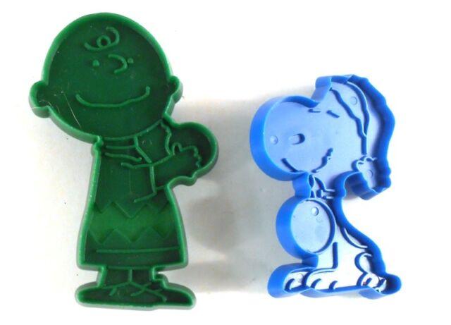 Snoopy & Charlie Brown Peanuts Vintage Christmas Cookie Cutters Hallmark Plastic