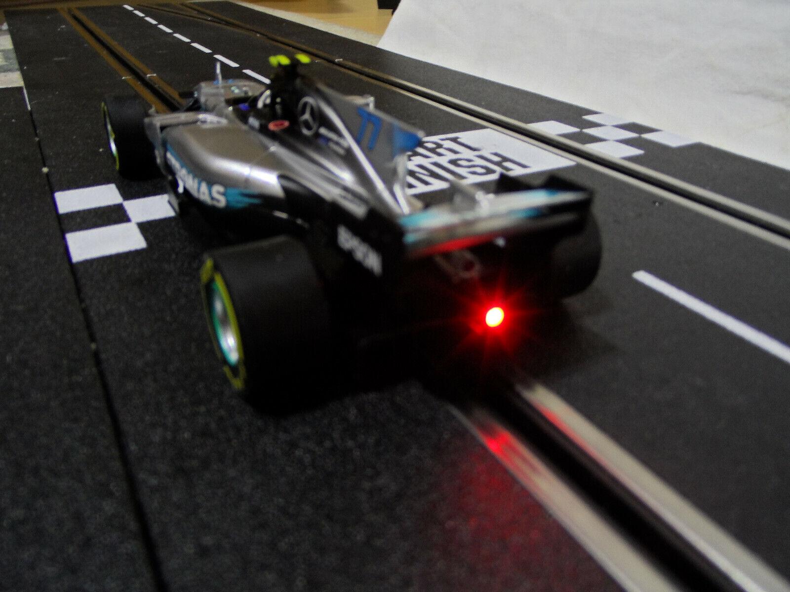 voiturerera Digital 132 30841 Mercedes F1 W08 mit Rücklicht und Bremslicht  NEU