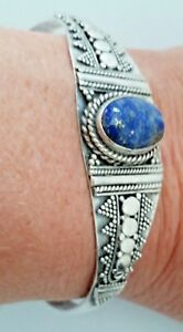 Vtg-Sterling-Silver-Blue-Lapis-Lazuli-Flexible-Cuff-Bracelet-with-Ornate-Design